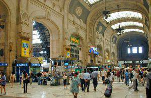 immigrato stazione di milano