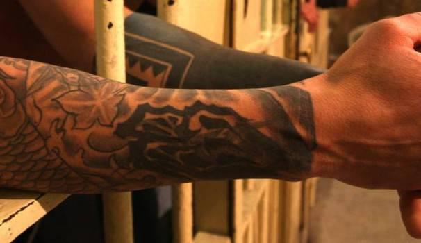 Sovraffollamento e aggressioni in carcere, 4 agenti feriti da un detenuto