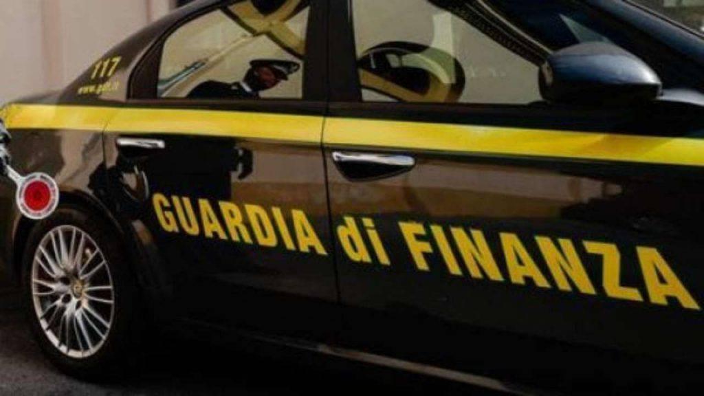 Dom Perignon tessera reddito Cittadinanza