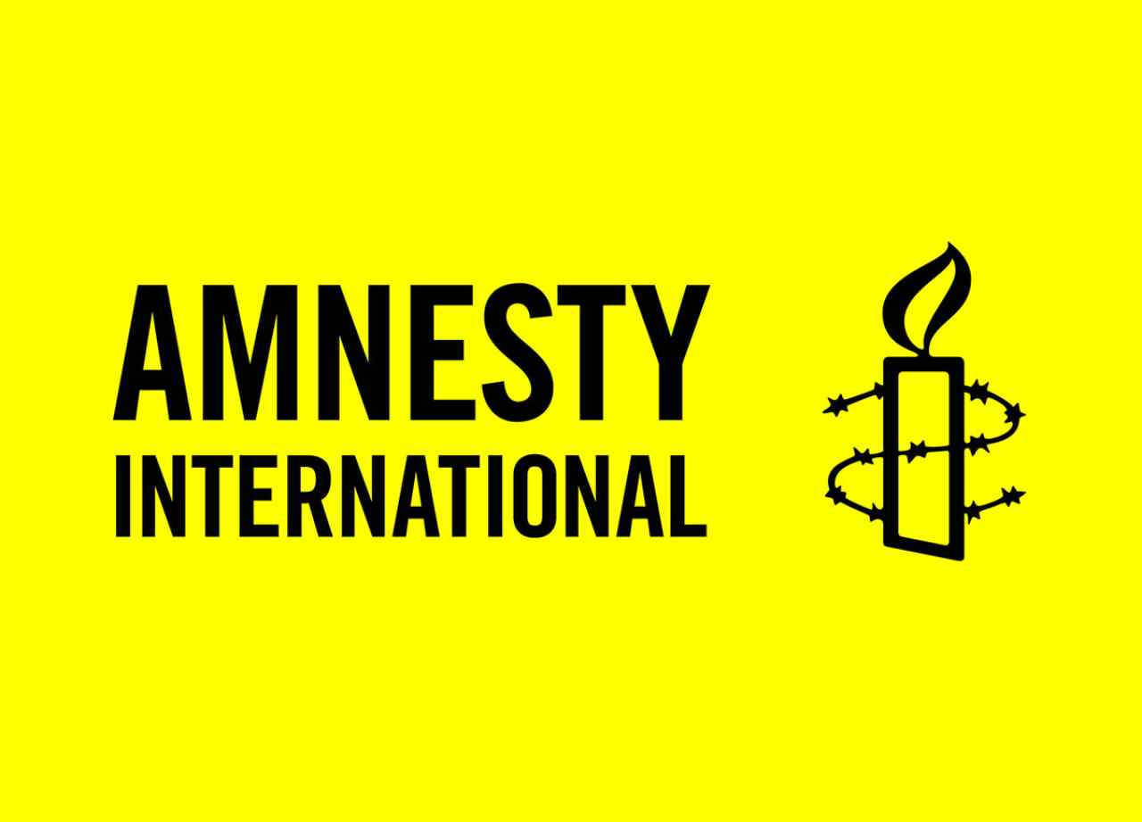 Amnesty International attacca Google e Facebook