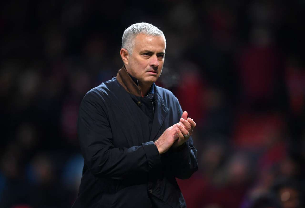 Mourinho, lauti incassi dagli esoneri