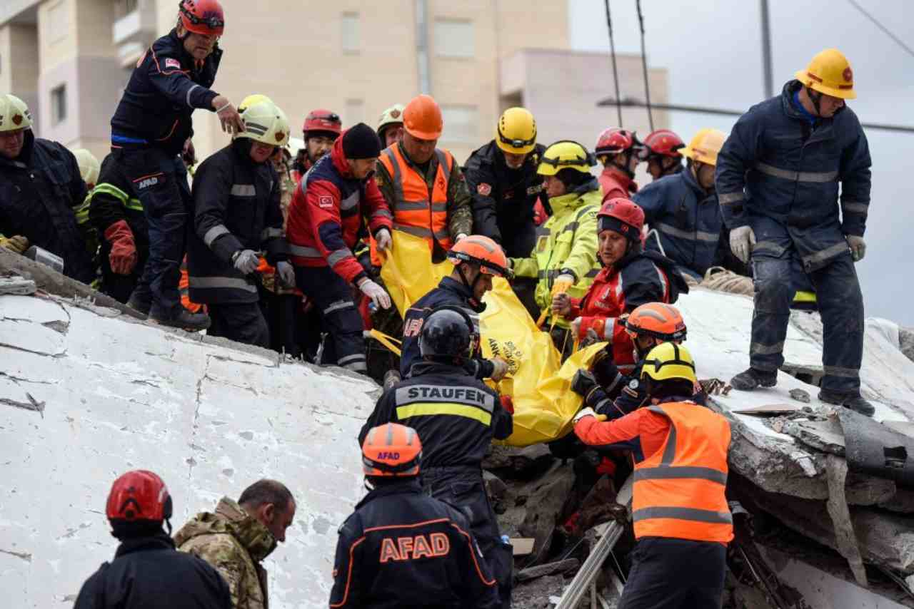 Terremoto Albania, proseguono le scosse