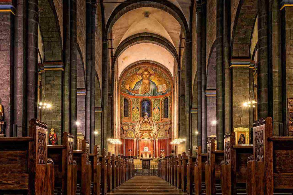 Ancona nuda chiesa