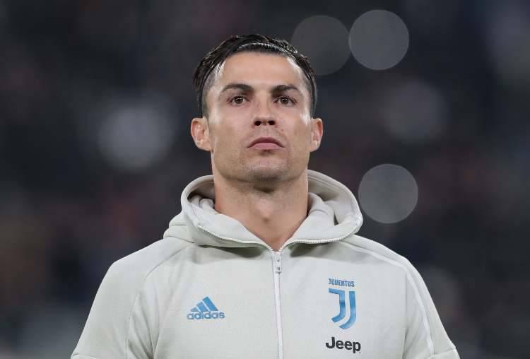 Juve, Cristiano Ronaldo cuore d'oro: il bellissimo gesto di CR7 diventa virale