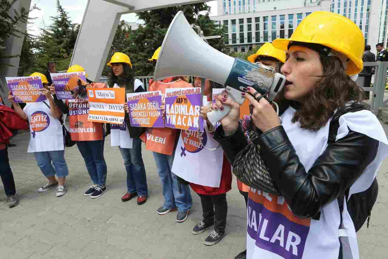 Donne lavoro stipendi Istat