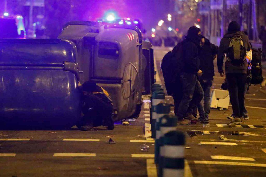 Barcellona-Real Madrid violenze scontri