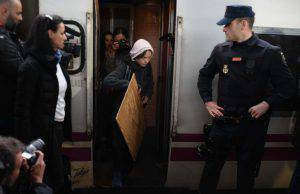 Greta Thunberg beffa treno Spagna