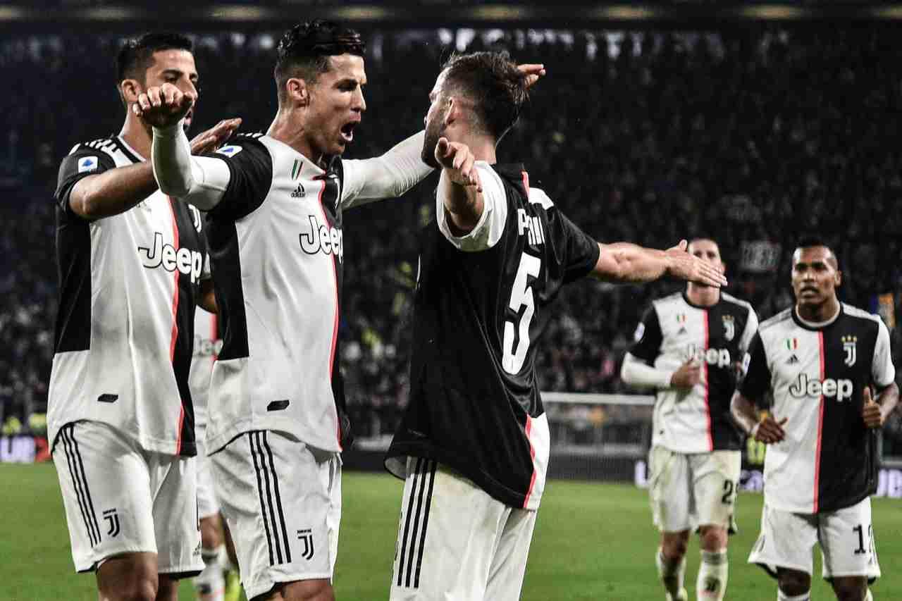 Juventus, operato Khedira: lunghi tempi di recupero, il comunicato