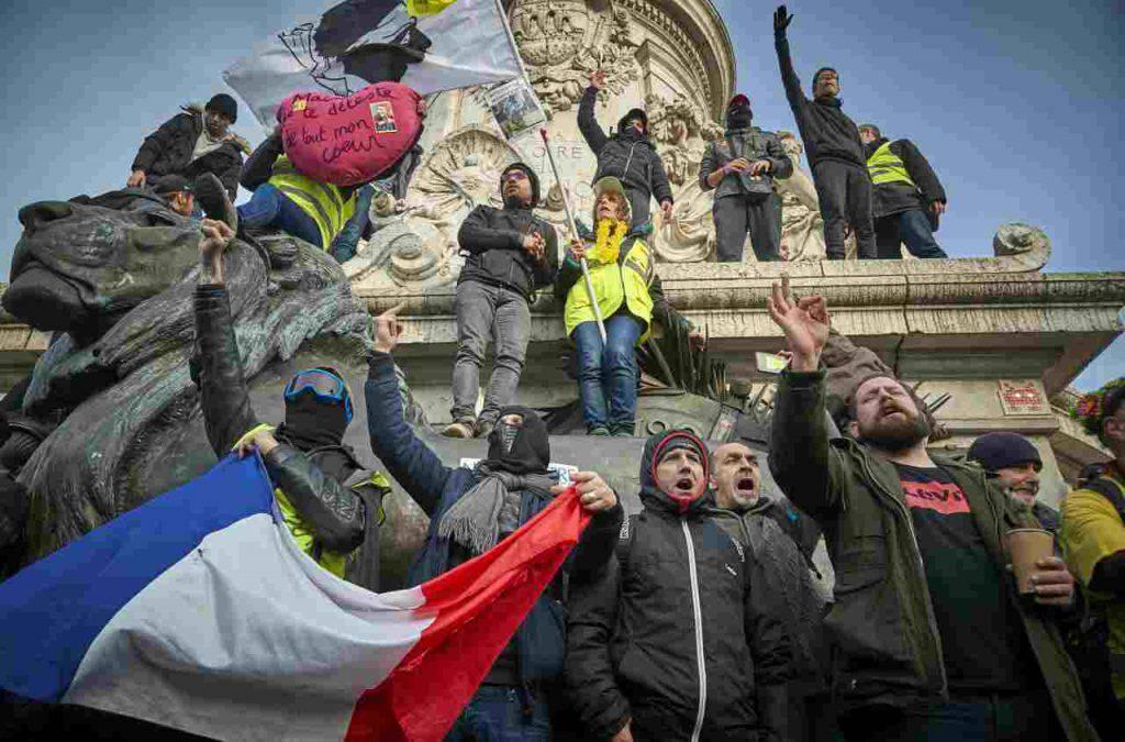 Proteste Francia pensioni