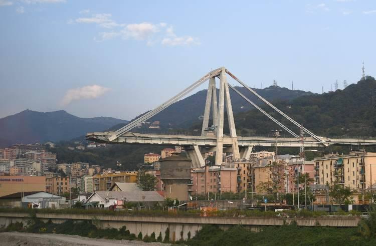Incendio cantiere Ponte Morandi