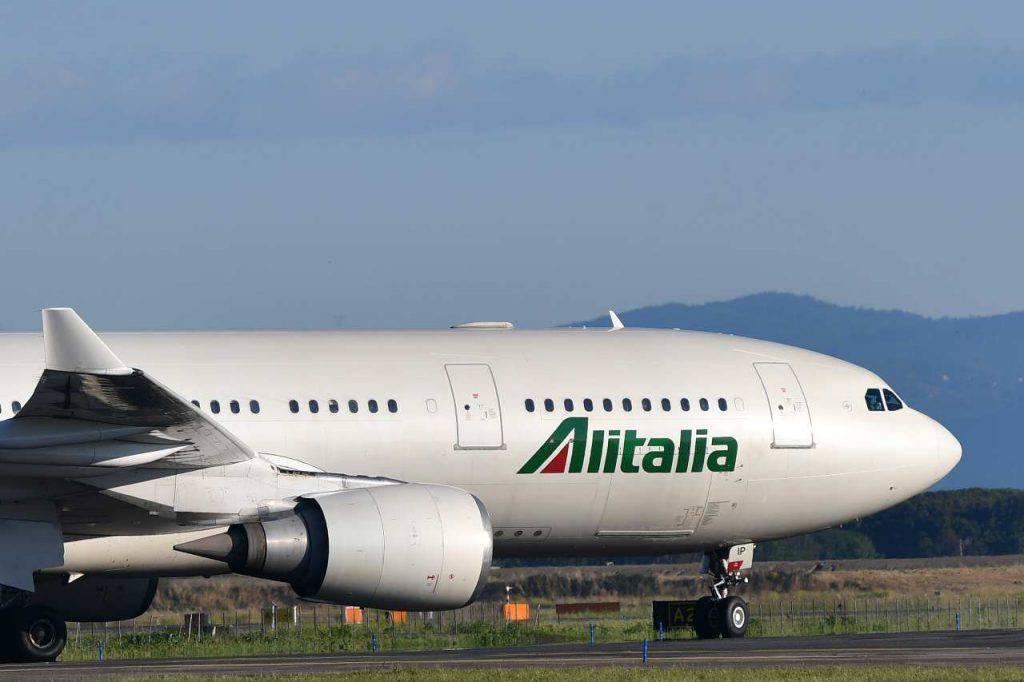 Coronavirus Alitalia stop voli