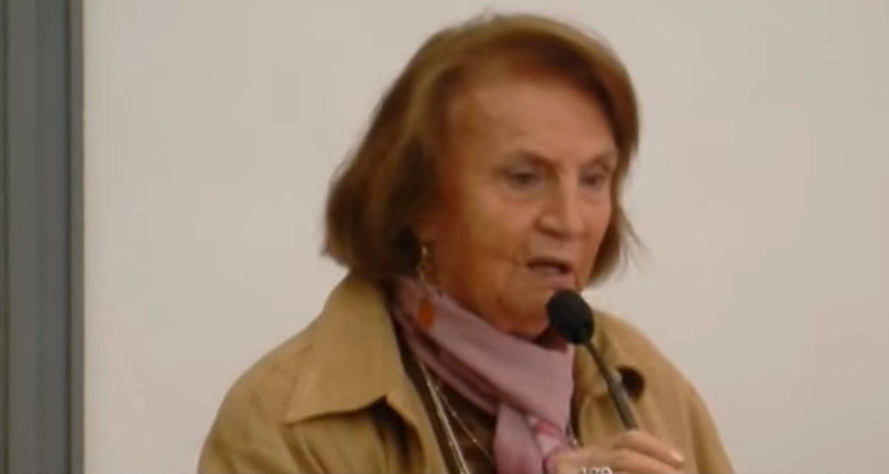 targa Tina Costa svastica