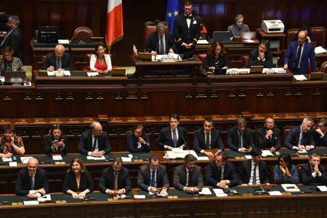 Stop al taglio dei parlamentari tutto rinviato for Parlamentari italiani numero