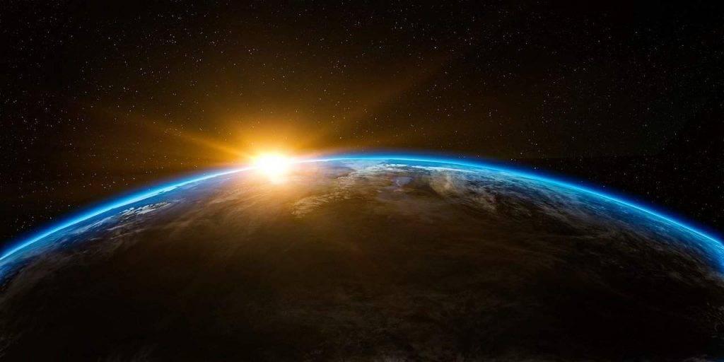 Aggiornato l'Orologio dell'Apocalisse: 'Mancano 100 secondi alla Fine del Mondo'