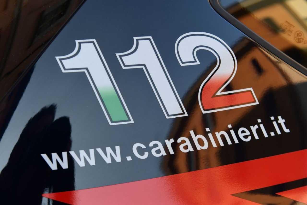 Napoli, 2 cadaveri in strada, nella notte confessa il rapinato