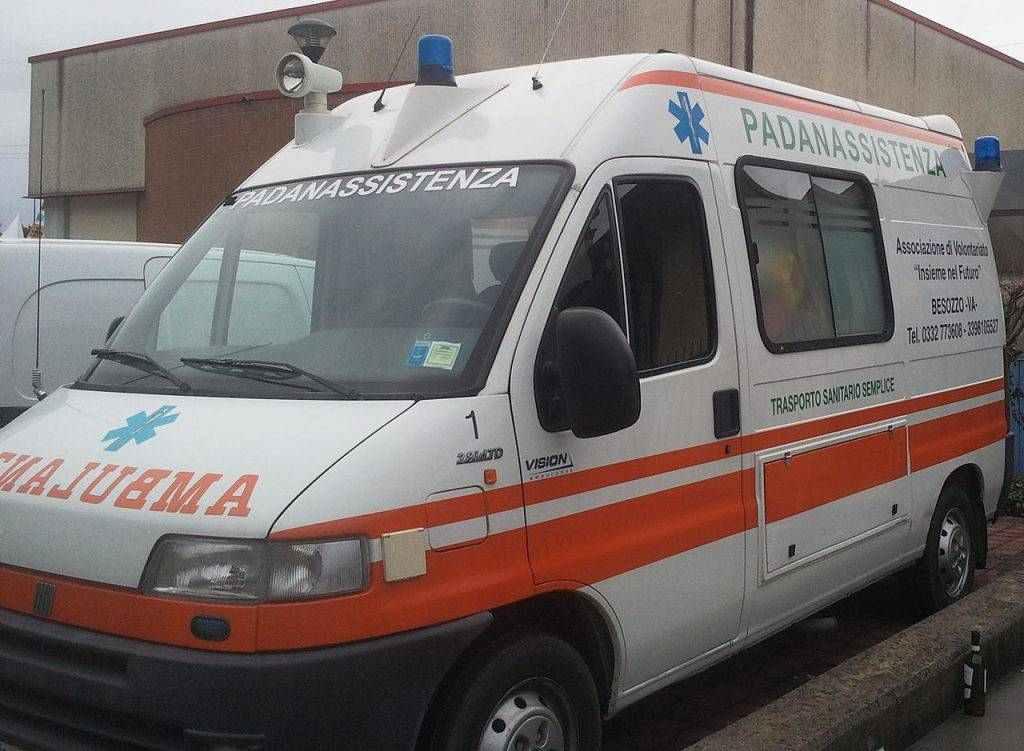 Napoli ambulanza