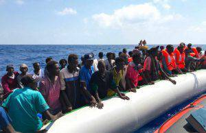 coronavirus italia porti migranti