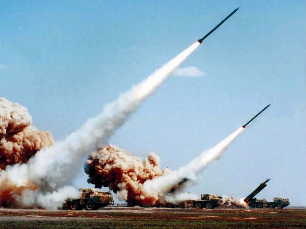 Iran risponde missili contro USA