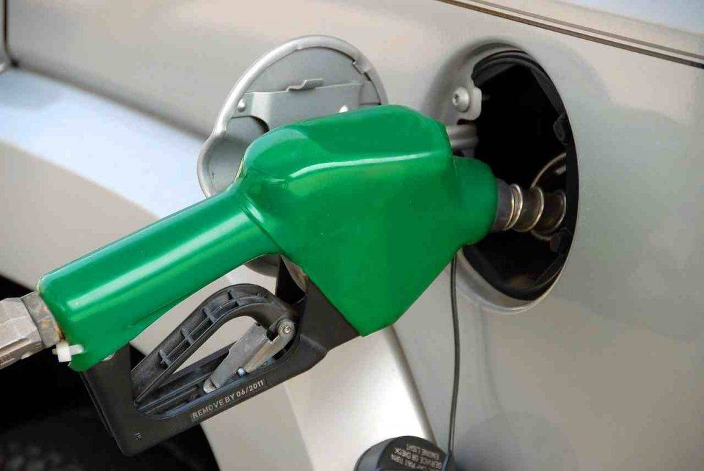 Prezzo benzina coronavirus