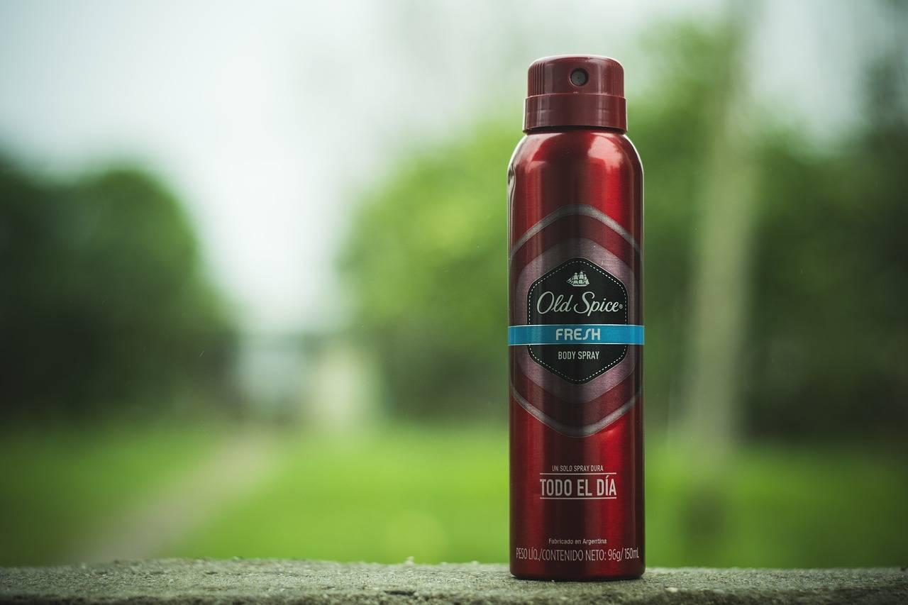 bologna palazzo evacuato deodorante