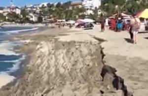messico spiaggia frana