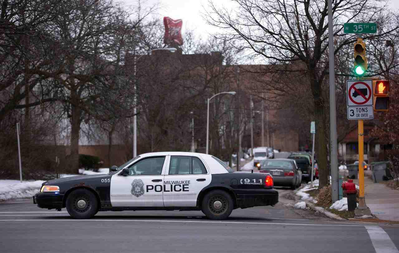 Sparatoria ad un funerale a Chicago, 14 feriti - Nord America