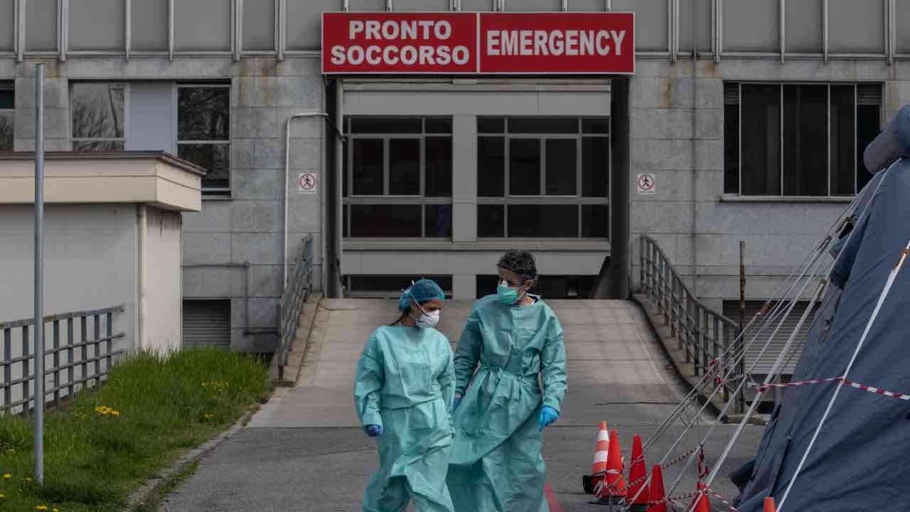 coronavirus decessi italia lombardia motivo