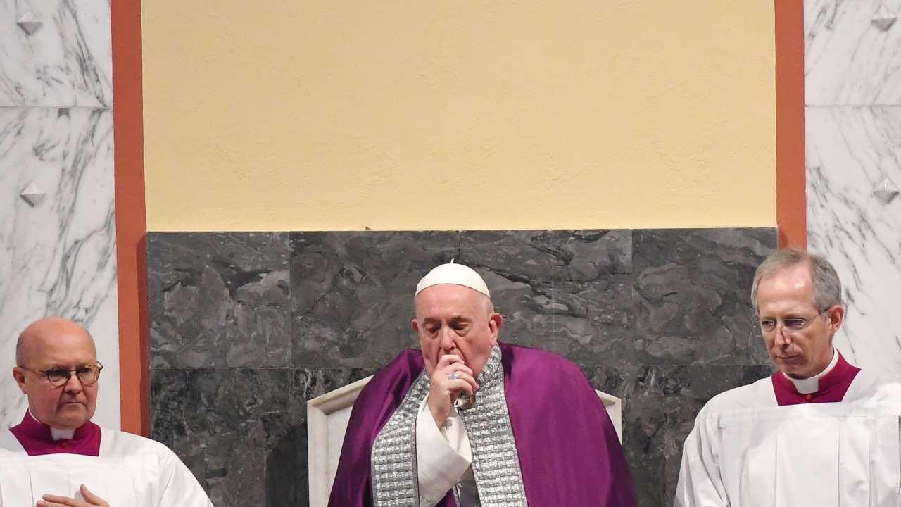 Papa Francesco ammalato