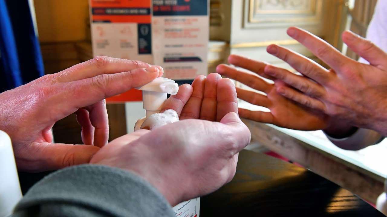 coronavirus cura medicinale pascale napoli