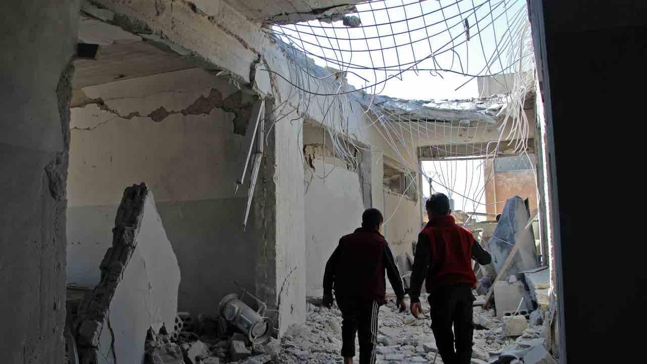 idlib siria 9 morti 5 bambini