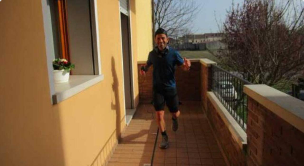 coronavirus maratona balcone
