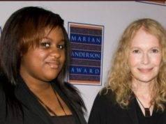 Mia Farrow e Quency