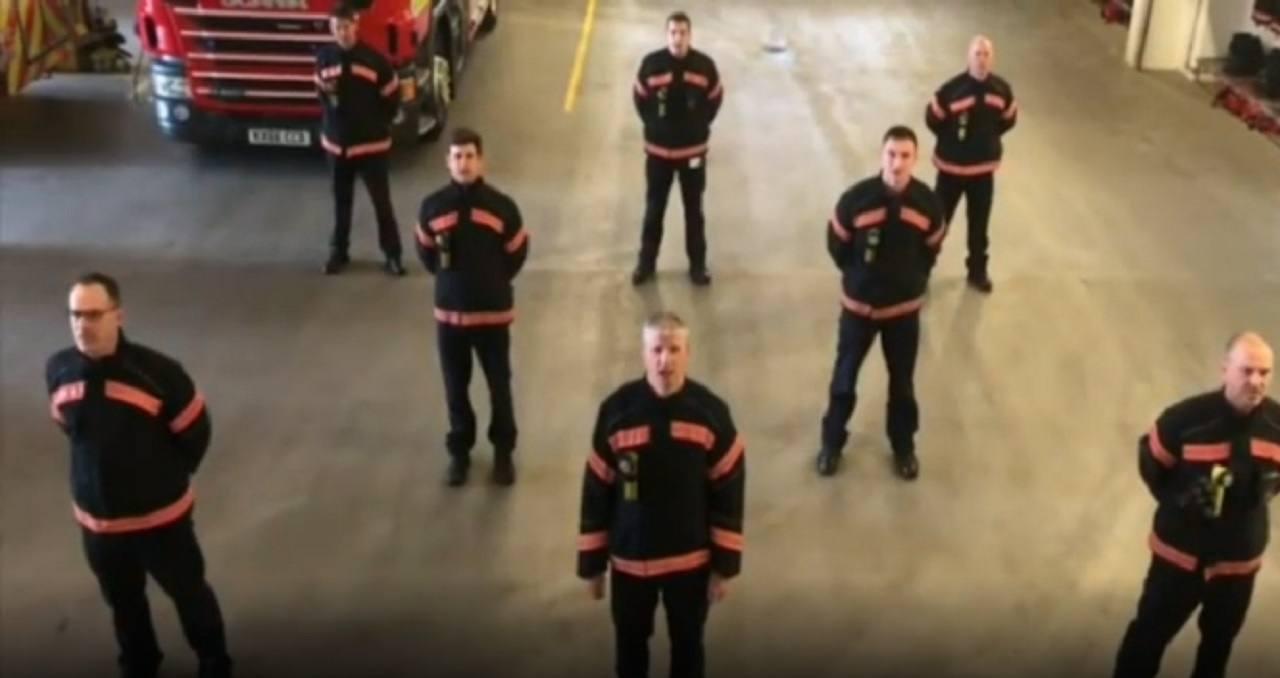 Bella Ciao pompieri inglesi