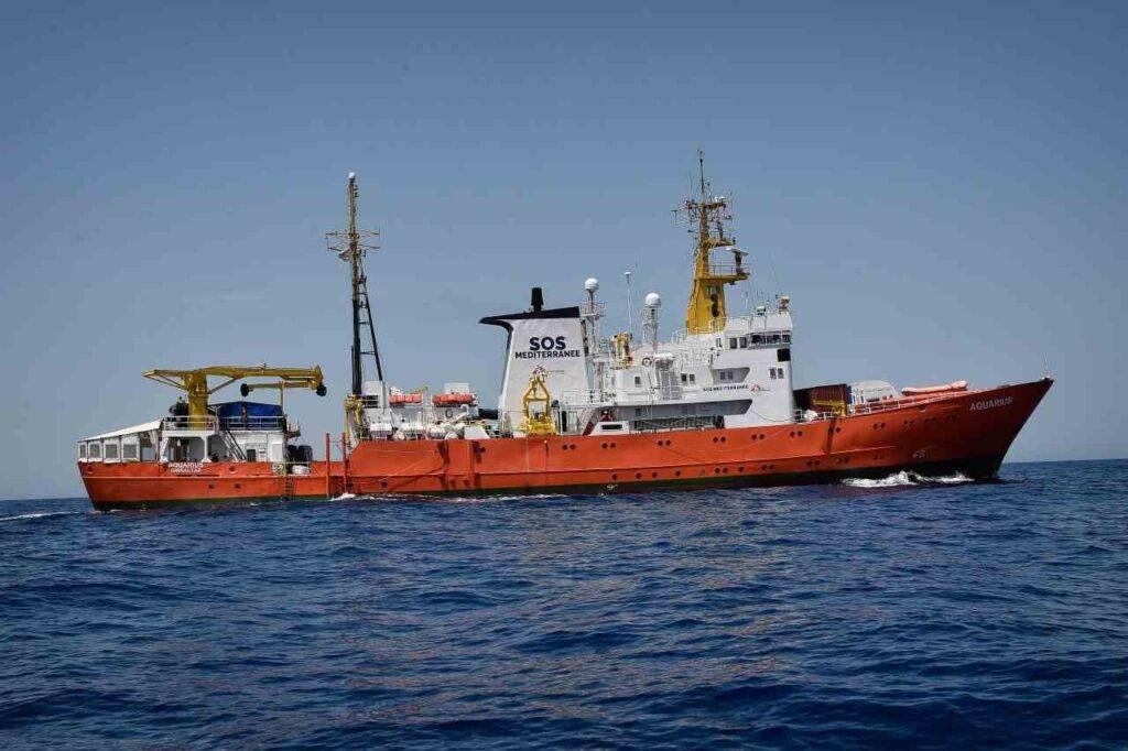 Focolaio Covid nave migranti