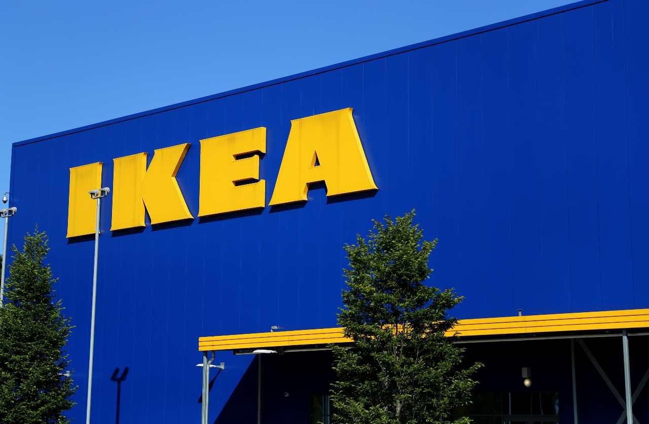 bomba Ikea ancona