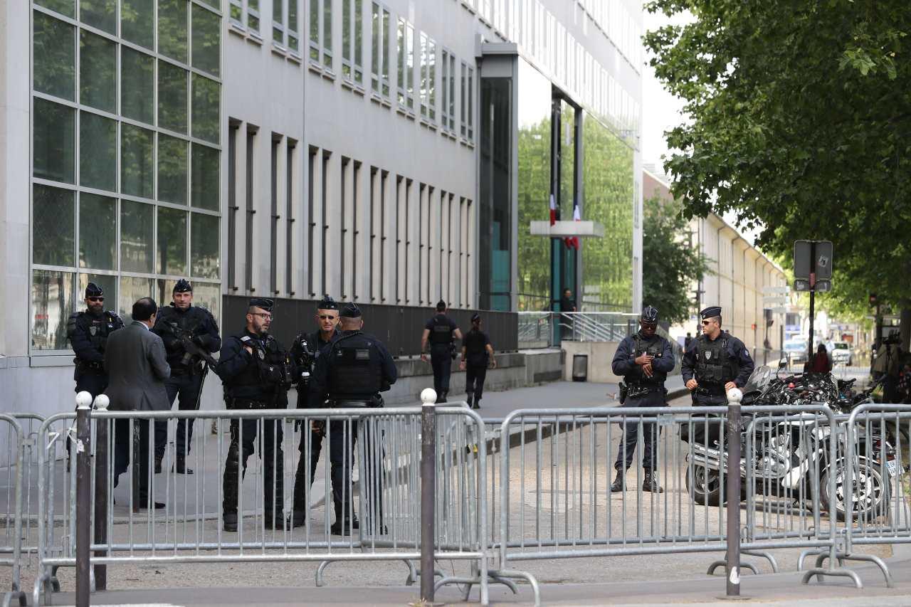 Parigi rapina