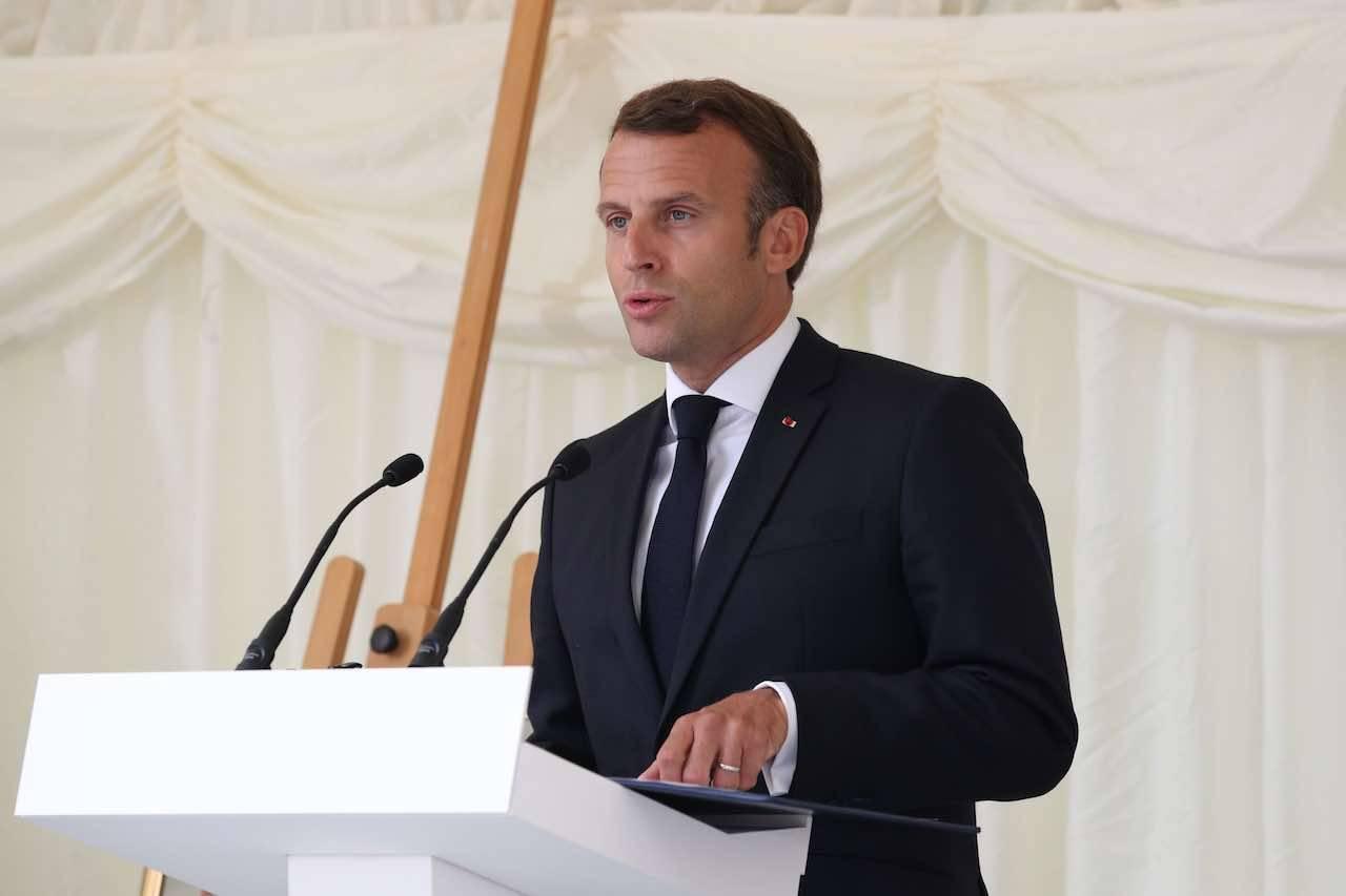 francia macron covid