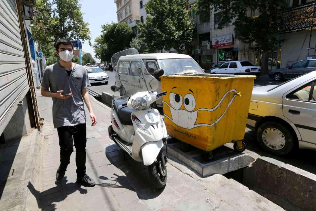 Coronavirus: Rohani, in Iran forse 25 milioni contagiati