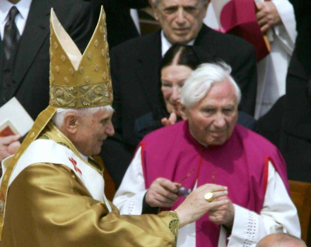 https://www.inews24.it/wp-content/uploads/2020/07/Georg-Ratzinger-1024x814.jpg