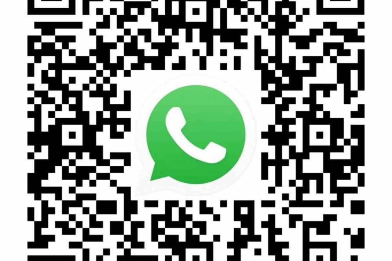 WhatsApp, per chattare con un'azienda si usa il QR code