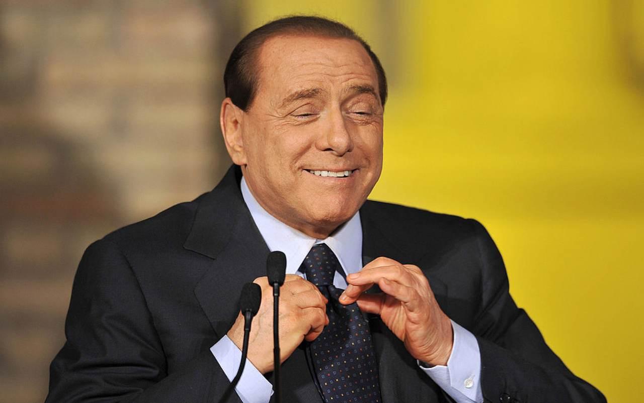Covid, da Berlusconi a Bonolis tamponi per tutti dopo contatti con Briatore