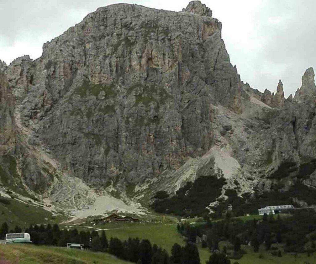 Alpinista morto sul Sasso Lungo