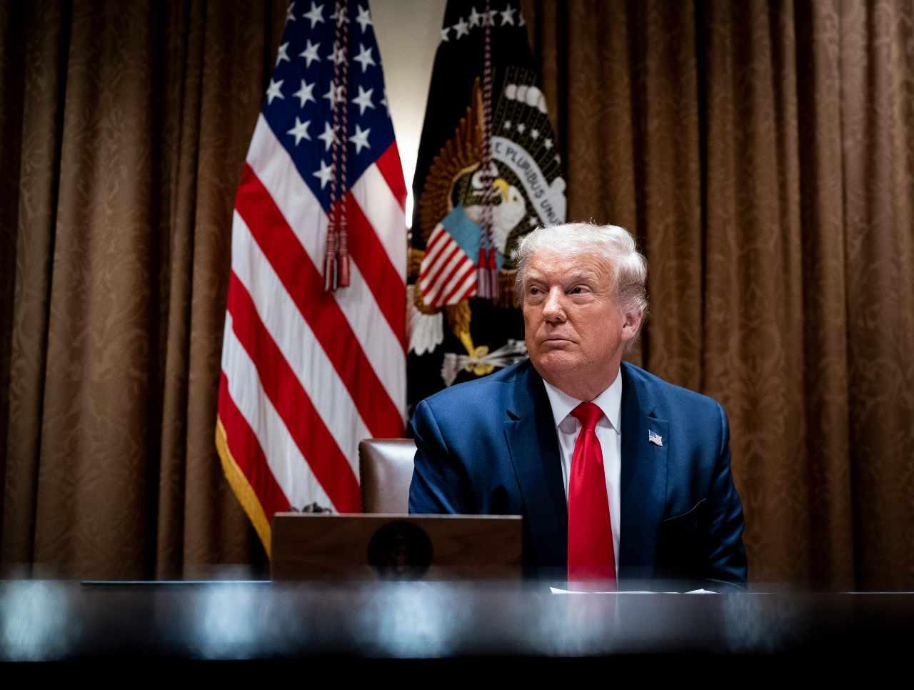 Trump accusa