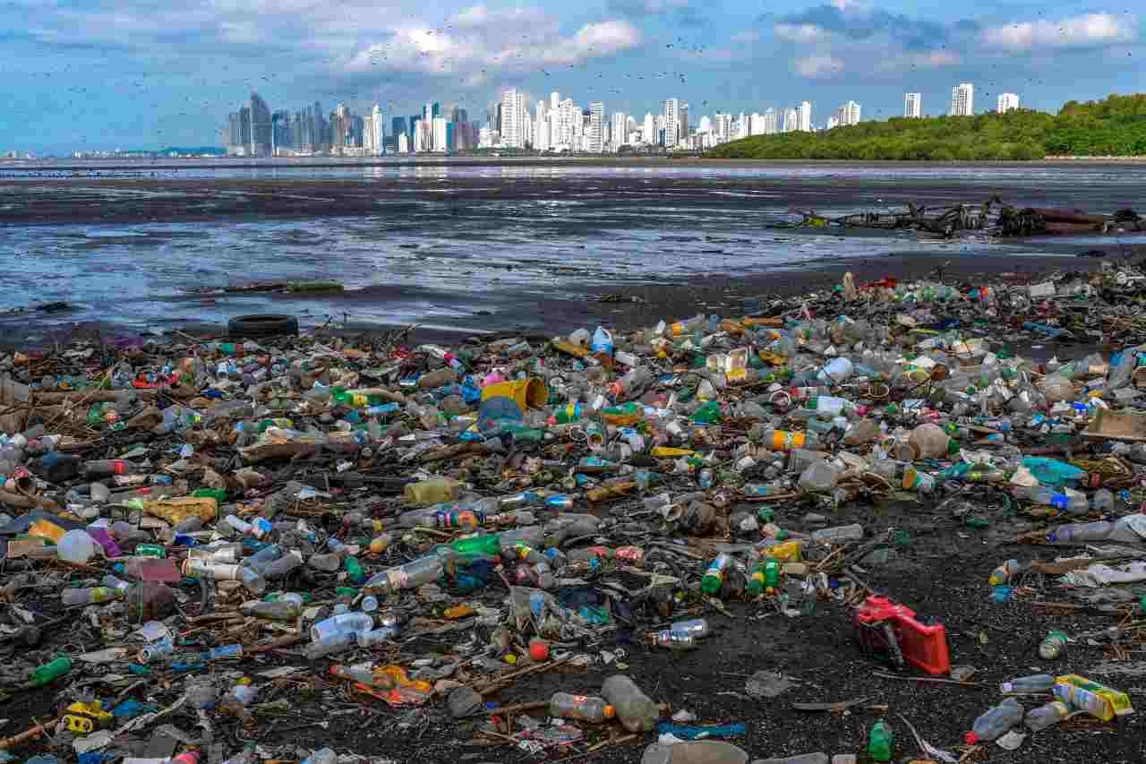 Plastica Oceano