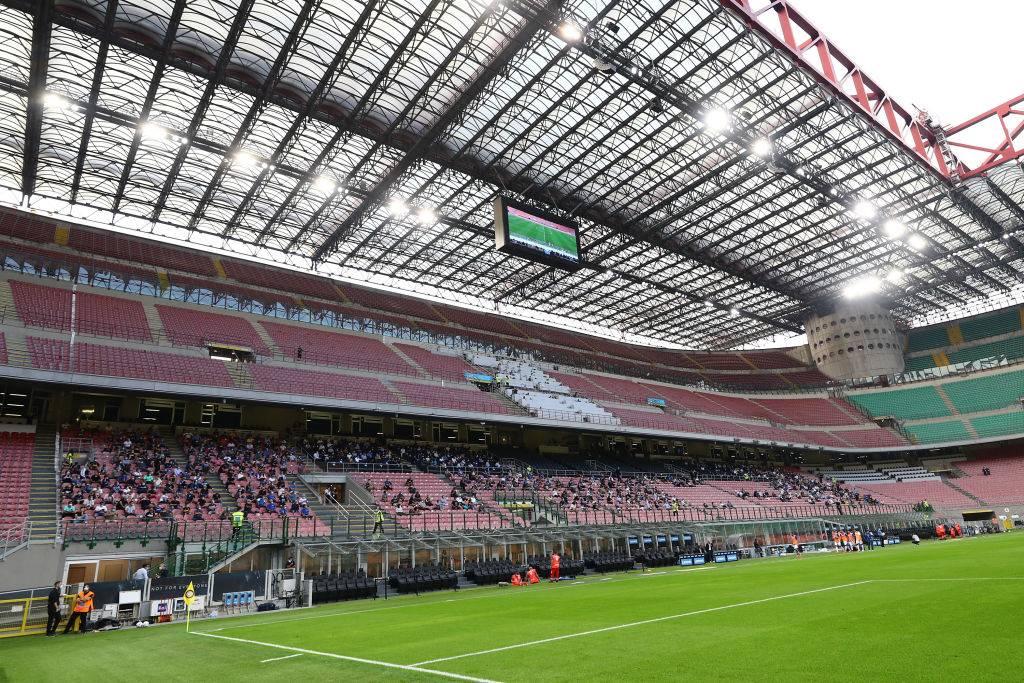 Stadio aperto