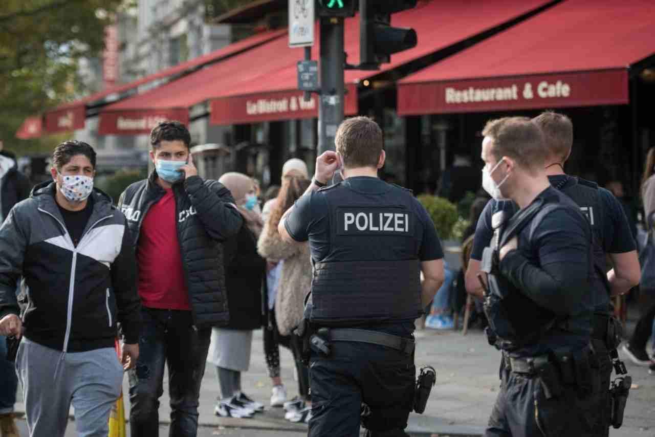 Covid Germania nuove restrizioni