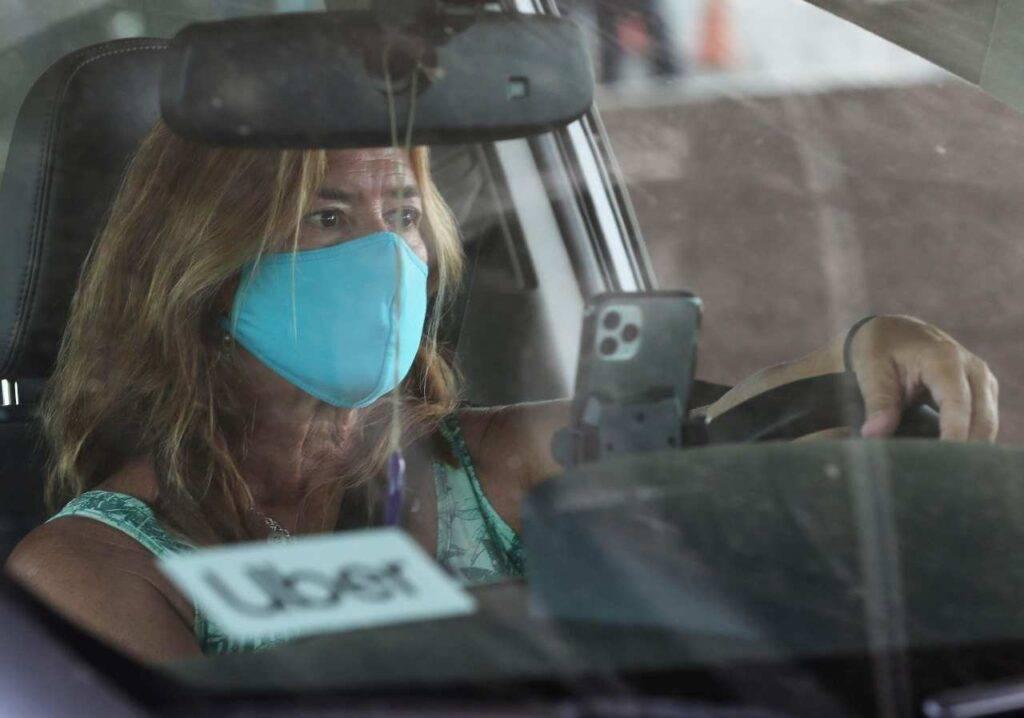 Uso mascherina in Auto