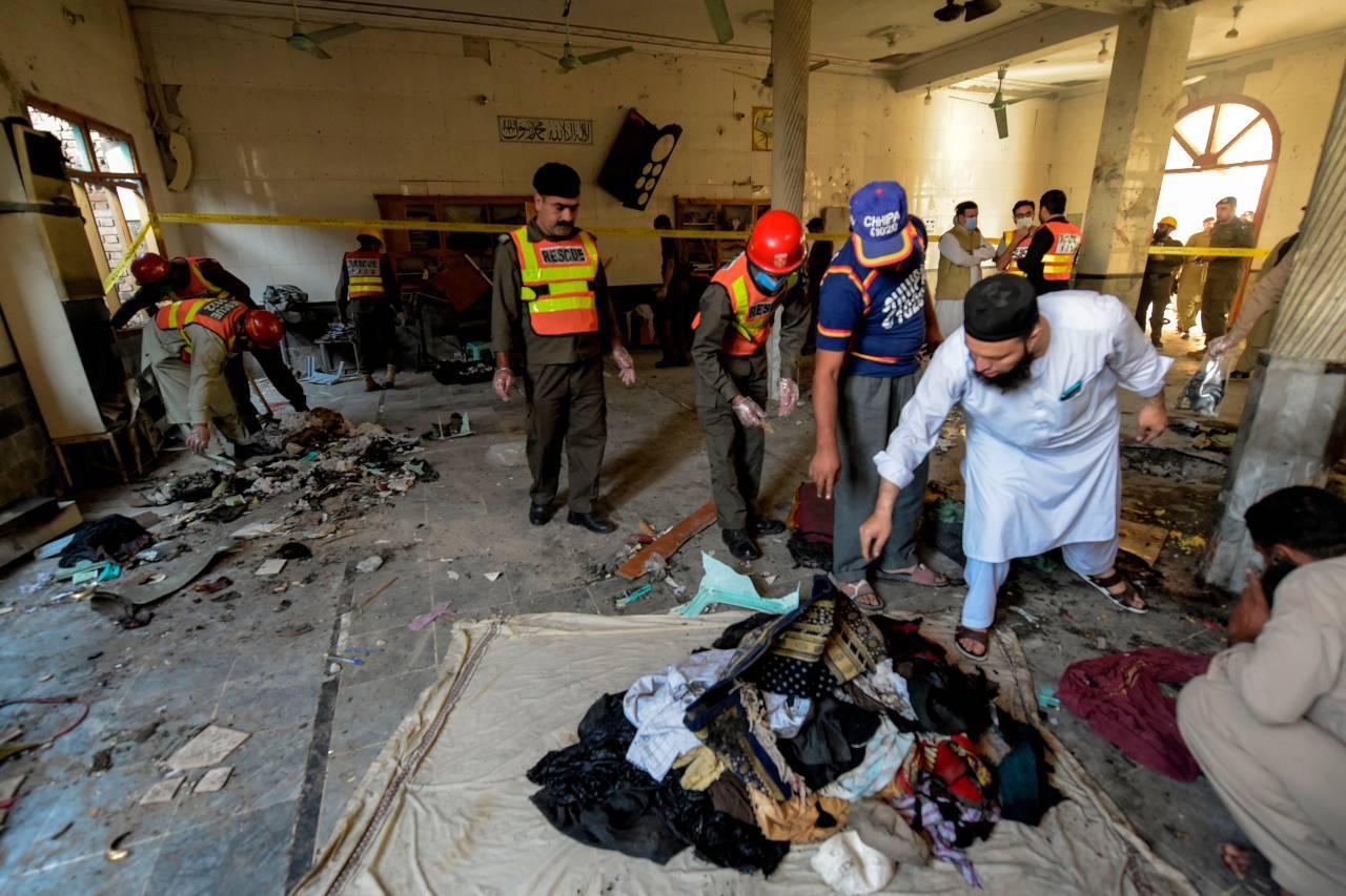 Pakistan: bomba in una madrasa, 8 morti