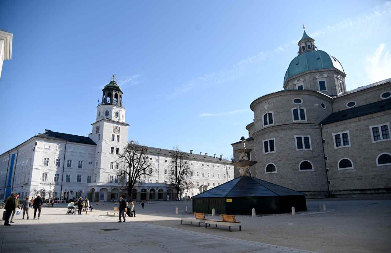 Covid, in Austria torna il lockdown totale dopo l'aumento dei casi