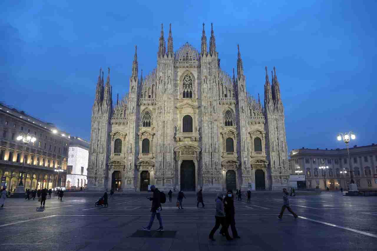Milano, weekend prima della zona rossa: blindate le zone della movida